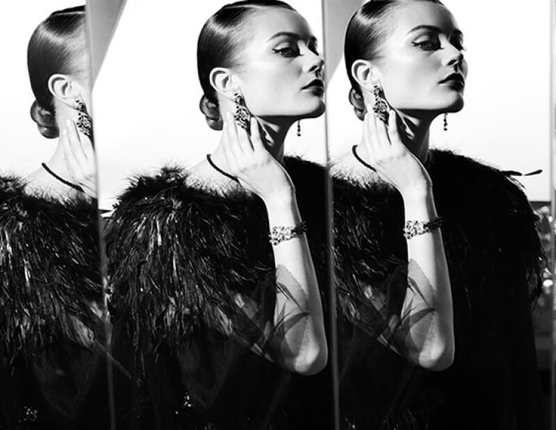 Chanel aportó no solo vestuario, sino joyas y maquillaje especiales para la película