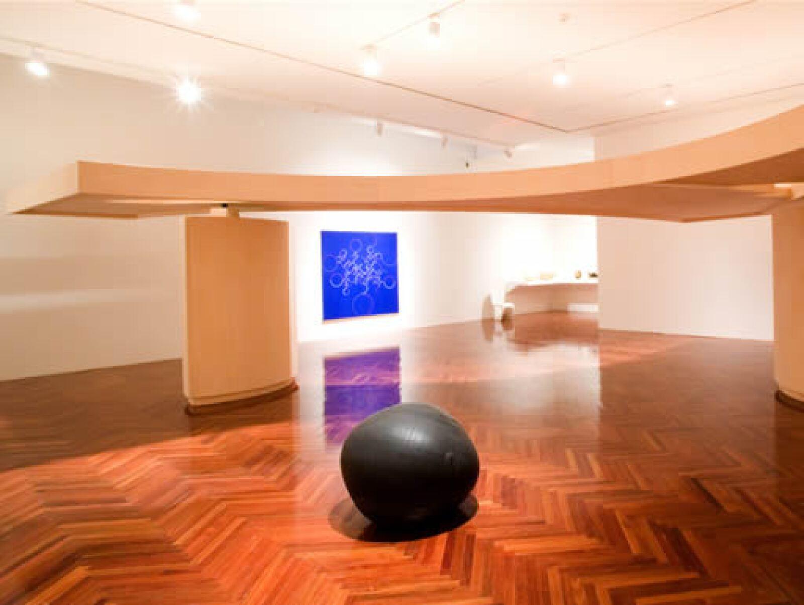 En la muestra que Patrick Charpenel curó en Bellas Artes en 2006 hubo obra de Gabriel Orozco proveniente de museos y coleccionistas de México, EU, Brasil, Puerto Rico, España, Francia, Suiza, Inglaterra, Bélgica e Italia.