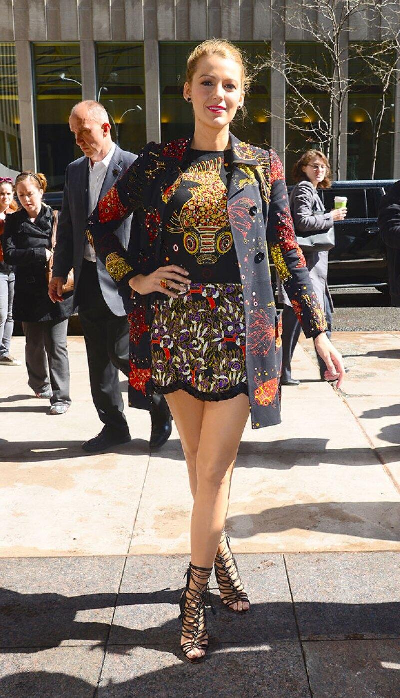 Peces coi invadieron el outfit de la esposa de Ryan Reynolds.