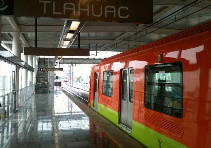 Metro Tl�huac