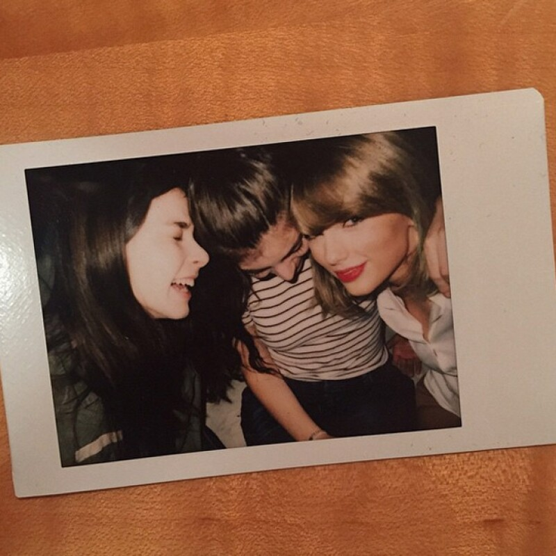Lorde publicó esta foto junto a su amiga Taylor y una de las integrantes de Haim.