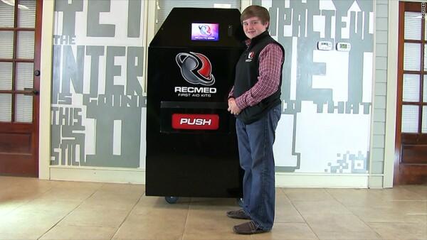 La startup ganará dinero mediante la venta de las máquinas, que cuestan 5,500 dls cada una, y a través del cobro por la reposición de los suministros.
