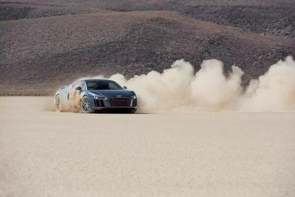 Audi R8 V10 Plus Coupe estará a tu disposición.