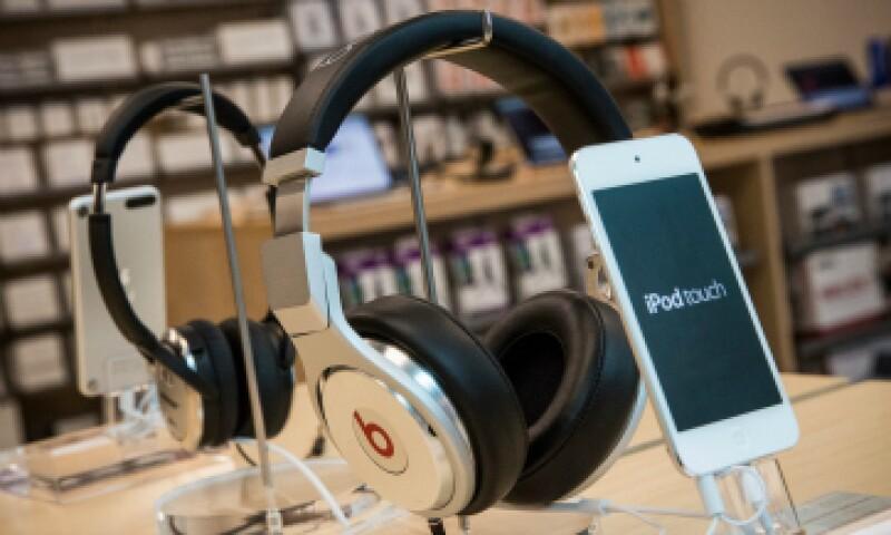 Apple compró Beats, hace más de un año, por 3,000 millones de dólares. (Foto: Getty Images)