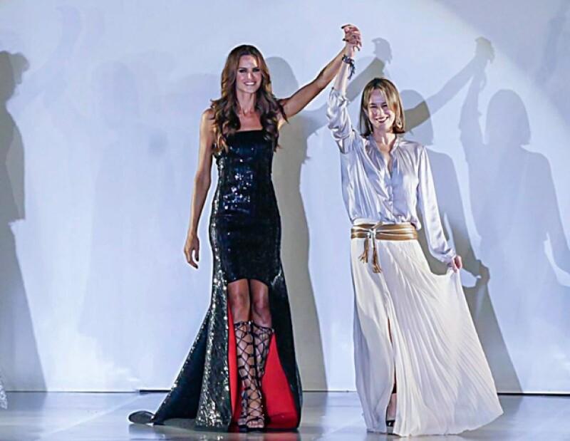 La semana pasada se llevó a cabo Moda Nextel, donde varios diseñadores se presentaron, entre ellos Silvia quien demostró que sobra talento en Latinoamérica.