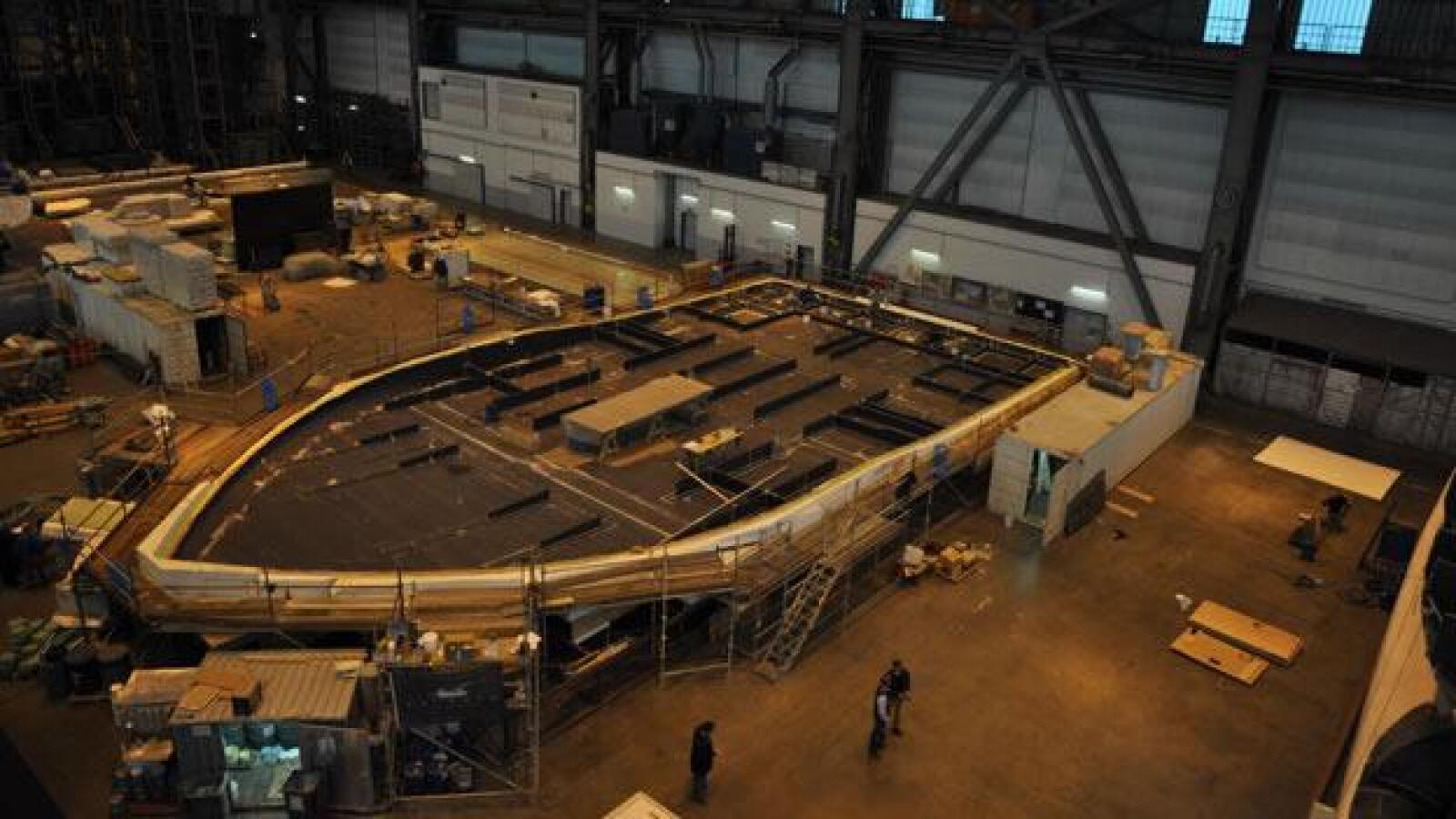 yate buque mas grande mundo energia solar construccion