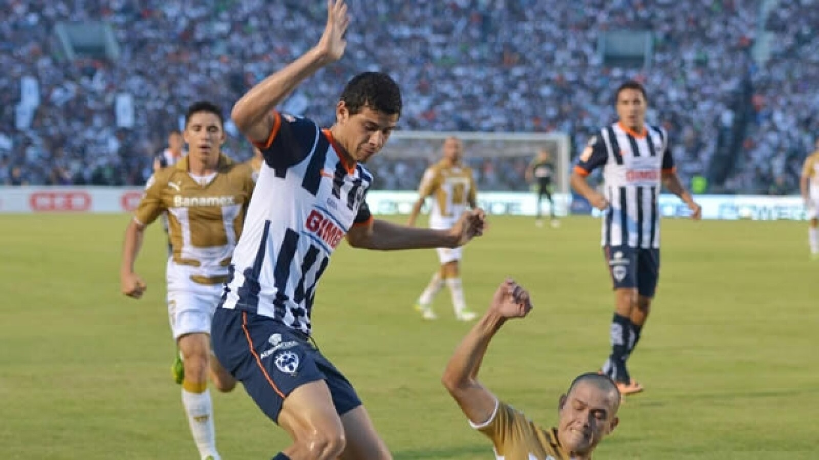 Pumas vs Monterrey1