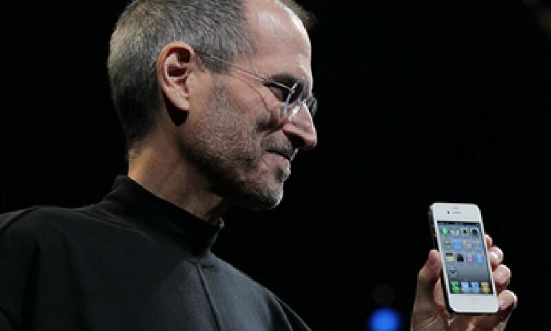 El iPhone 4 fue uno de los últimos productos presentados por Steve Jobs. (Foto: Getty Images)