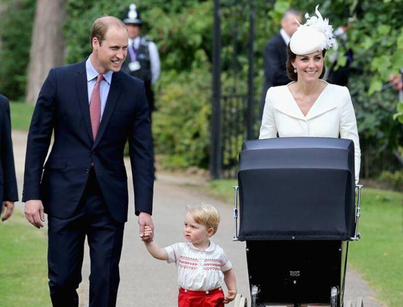 Una vez más, Kate Middleton brilló por su ausencia en la boda de uno de sus amigos. Dejando solo al príncipe William.