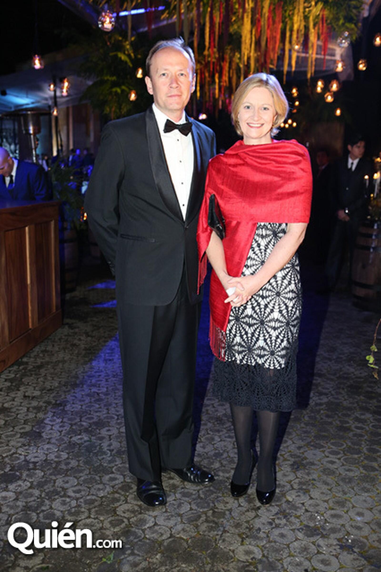 Patrick Scott y Sonia Hyland