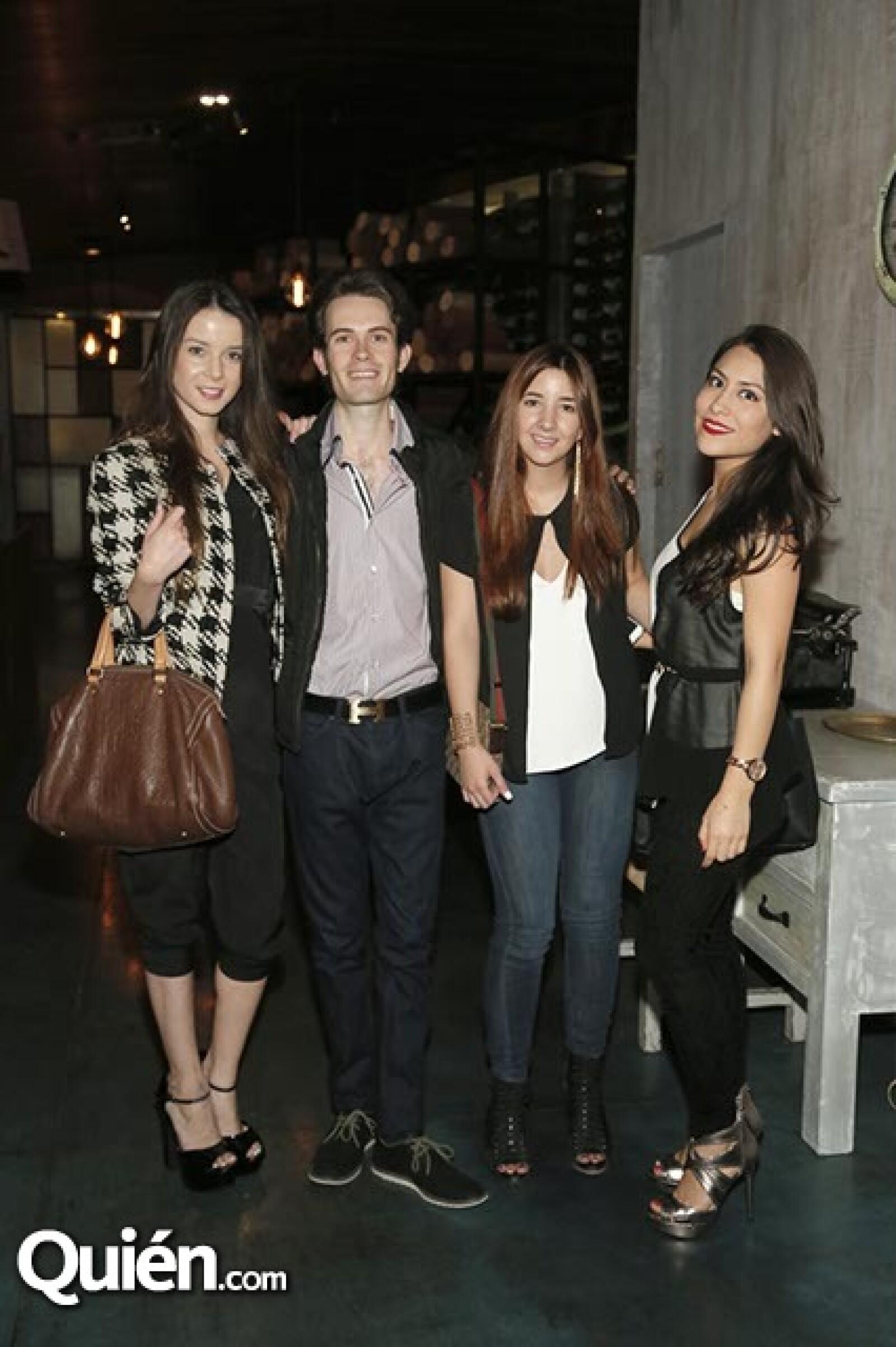 Sofía Lasso,Rafael Picard,Andrea Ruiz y Vanessa del Olmo