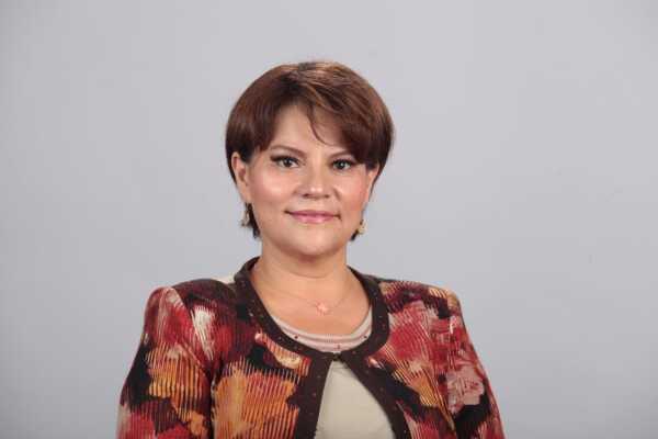 Verónica VélezMacuil estará en Comunicación Social. FOTO: Especial