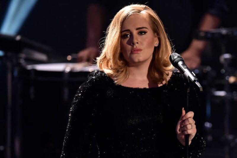 En noviembre del siguiente año, la cantante británica visitará por primera vez México con dos fechas en el Palacio de los Deportes.