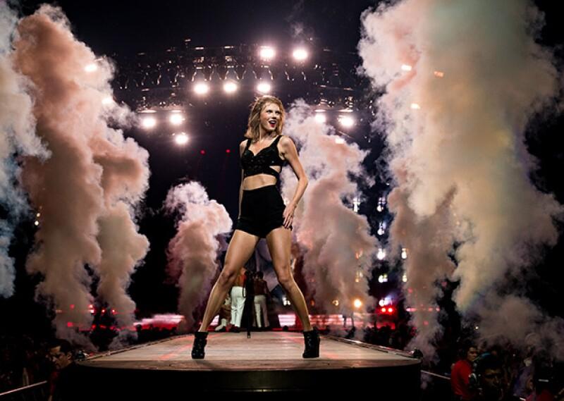 Las personas involucradas en los conciertos de Taylor son numerosas, para lograr espectaculares shows.