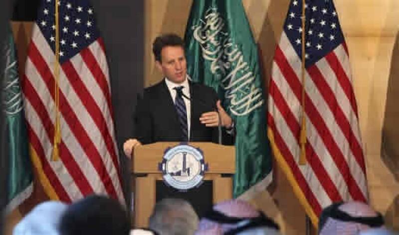 El secretario de Tesoro estadounidense, Timothy Geithner, ve una mejora muy alentadora en la confianza en la estabilidad general del sistema financiero. (Foto: AP)