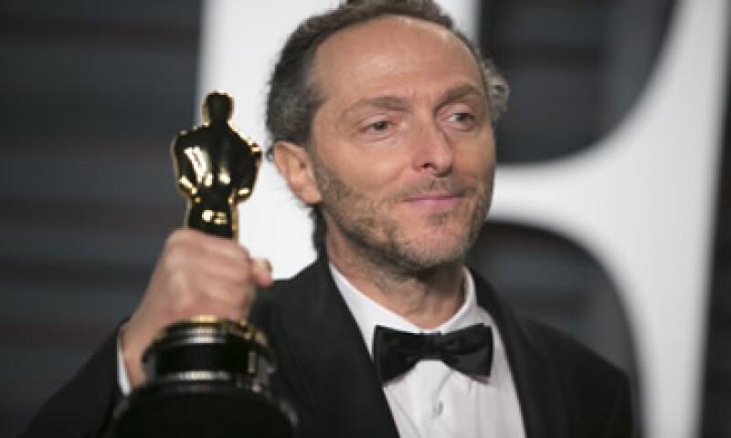 Emmanuel Lubezki empezó su carrera en películas como 'Sólo con tu pareja', 'Bandidos' y 'Como agua para chocolate'.  (Foto: AFP)