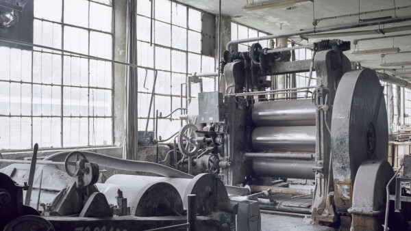 Para nadie es un secreto que los síntomas de la tormenta de la recesión se ciernen ya sobre la industria manufacturera global.
