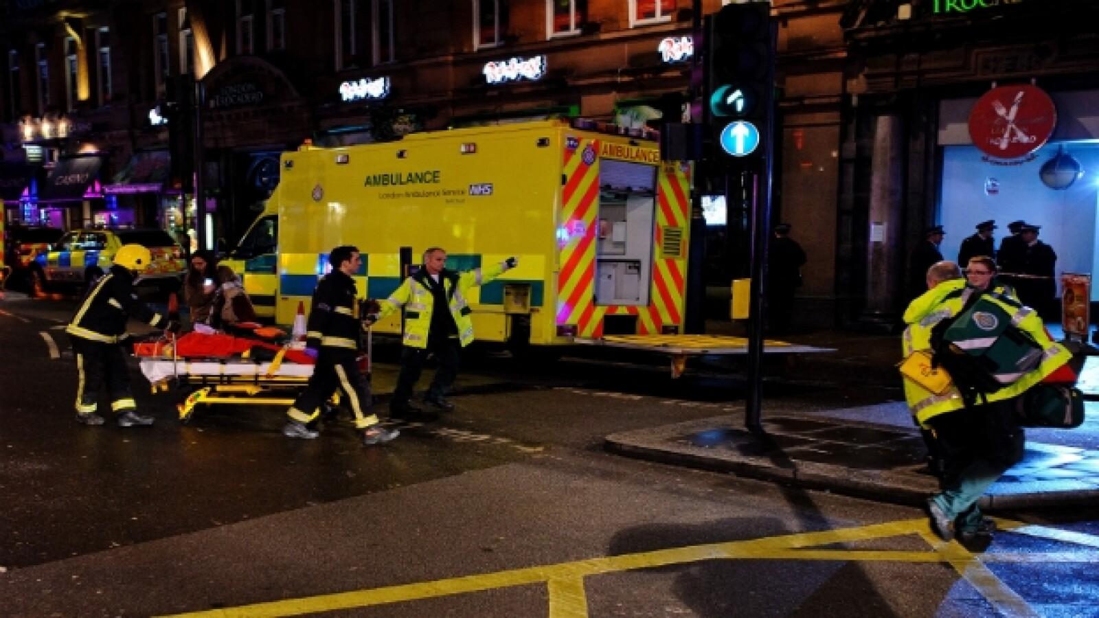 teatro apollo ambulancias getty