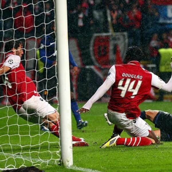 Chicharito goles vs. Braga