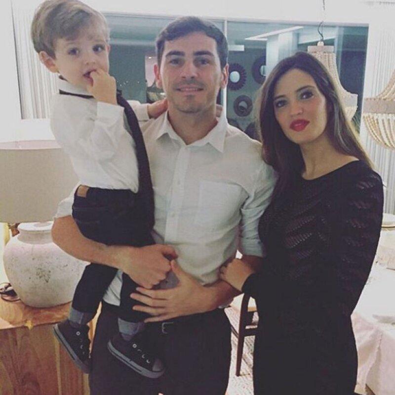 """A punto de convertirse en padres por segunda ocasión, la pareja finalmente se dijo """"sí, acepto"""" en una íntima boda en Madrid."""