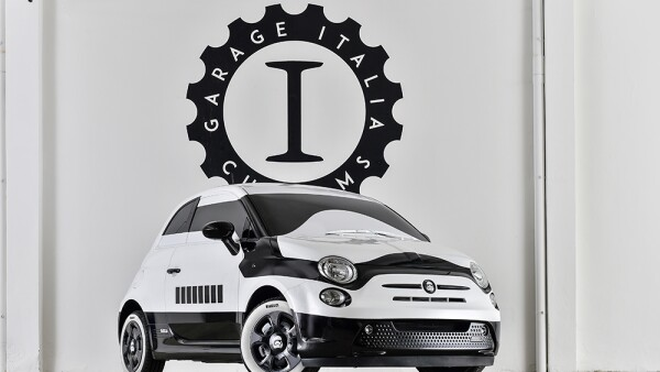 Fiat 500e Stormtrooper