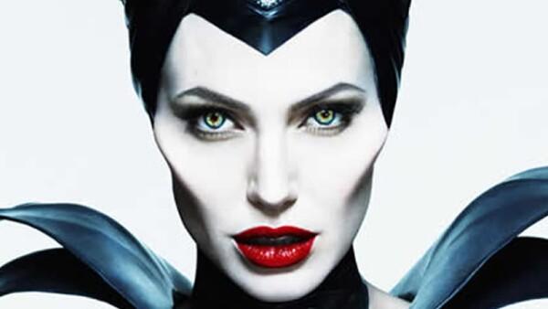 1. ¡Tenía que ser la ganadora! Ya sea en la película de Angelina Jolie o en la clásica caricatura, Maléfica siempre será de las mejores villanas de la historia.
