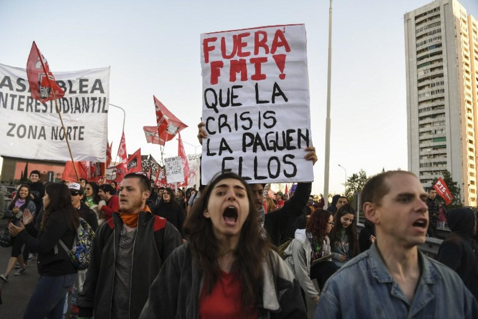 Contra el FMI