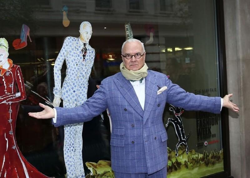 Estos diseñadores se caracterizaron por revolucionar y dar un toque irrancional a la moda, sin embargo, la carrera de Galliano se vio envuelta en el escándalo y McQueen se suicidó en 2010.