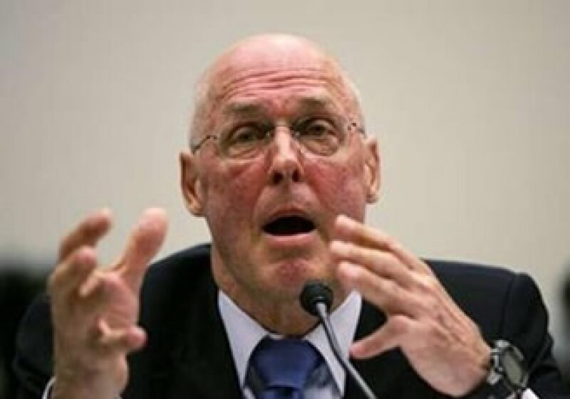 Henry Paulson, ex secretario del Tesoro fue criticado por presuntamente ocultar información sobre las pérdidas de Merrill Lynch. (Foto: Reuters)