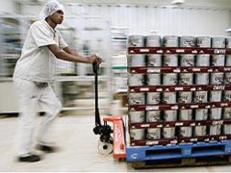 Actualmente el mercado internacional tiende a exigir sellos de aluminio para exportaci�n de alimentos. (The New York Times)