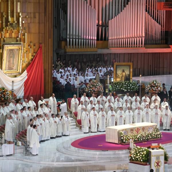 Las Mañanitas para la Virgen de Guadalupe