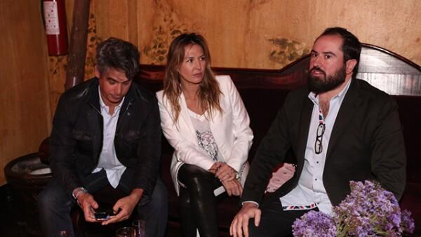 Luis Sanmartín,Mercedes Fortes,Tony Fortes