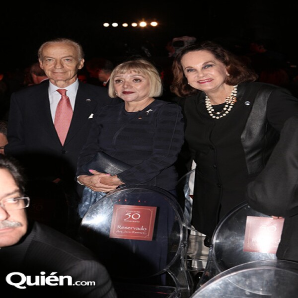 Timothy Heynan,Malú Montes de Oca,Erika Hagsater