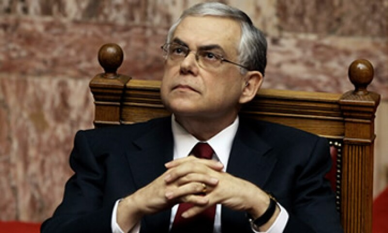Lucas Papademos encabeza un Gobierno de coalición en Grecia respaldado por los socialistas y los conservadores. (Foto: Reuters)