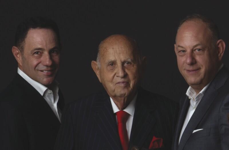 Sergio, Maurice y Ari Berger.jpg