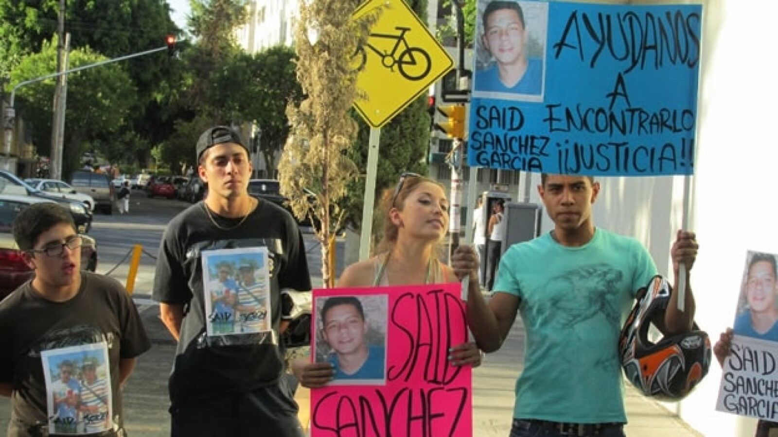 Familiares de desaparecidos piden justicia en la Procuraduría