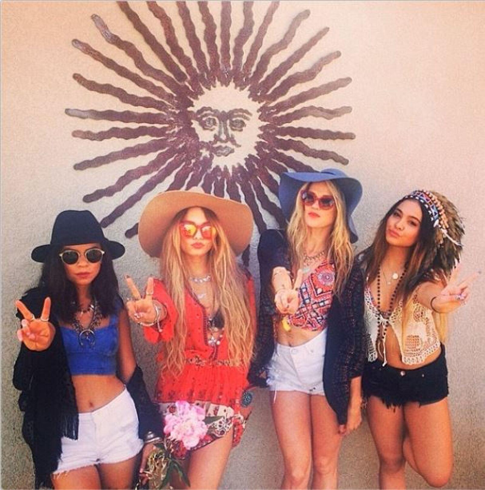 Vanessa Hudgens se encuentra disfrutando del segundo fin de semana de Coachella.