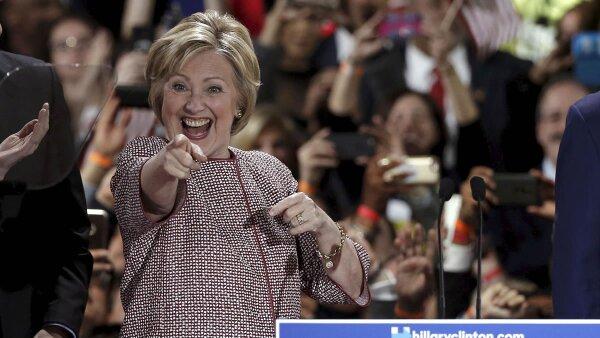 Hillary Clinton y Donald Trump se acercan a la nominación de sus partidos con la victoria de este martes en Nueva York.
