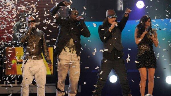 Los Black Eyed Peas encendieron a todos con su música.