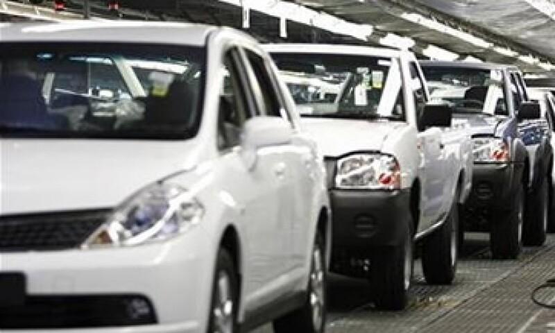 Si se aprueba una reforma energética, el sector automotriz podría reducir sus costos. (Foto: Getty Images)