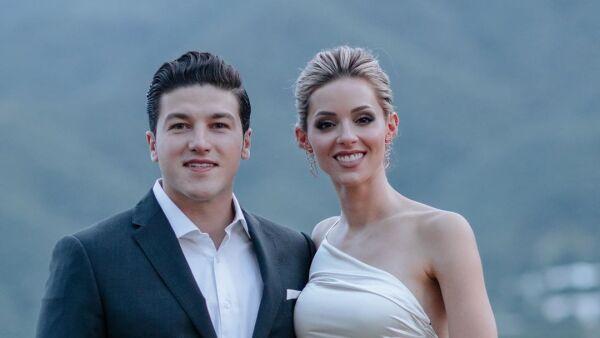 Samuel García y Mariana Rodríguez.