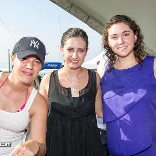 Mariana Ibarra, Paulina Moreno y Marisol Coromina