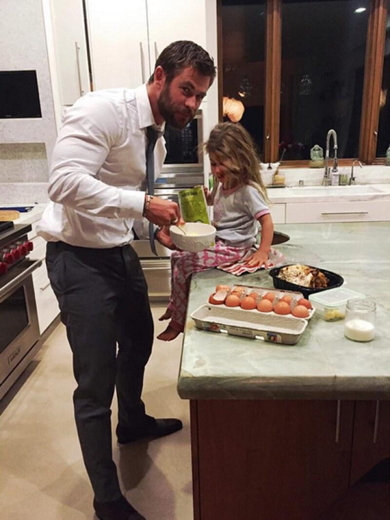 El actor australiano con su hija India Rose, quien cumple tres años.