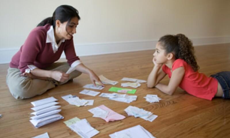 La deducción de impuestos para el nivel preescolar alcanza un monto de 14,200 pesos y la de primaria, los 12,900 pesos. (Foto: Thinkstock)
