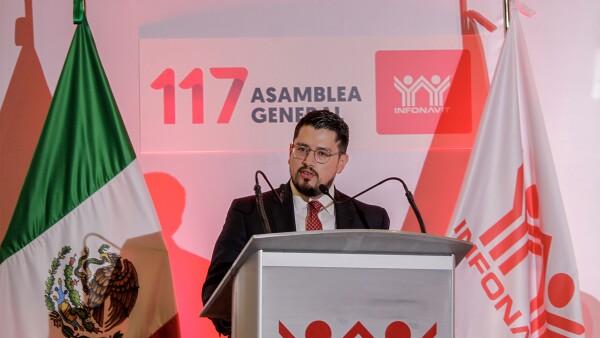 Carlos Martínez, Infonavit
