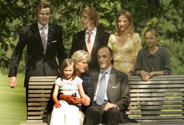 Belgian Royals Pose For The Press