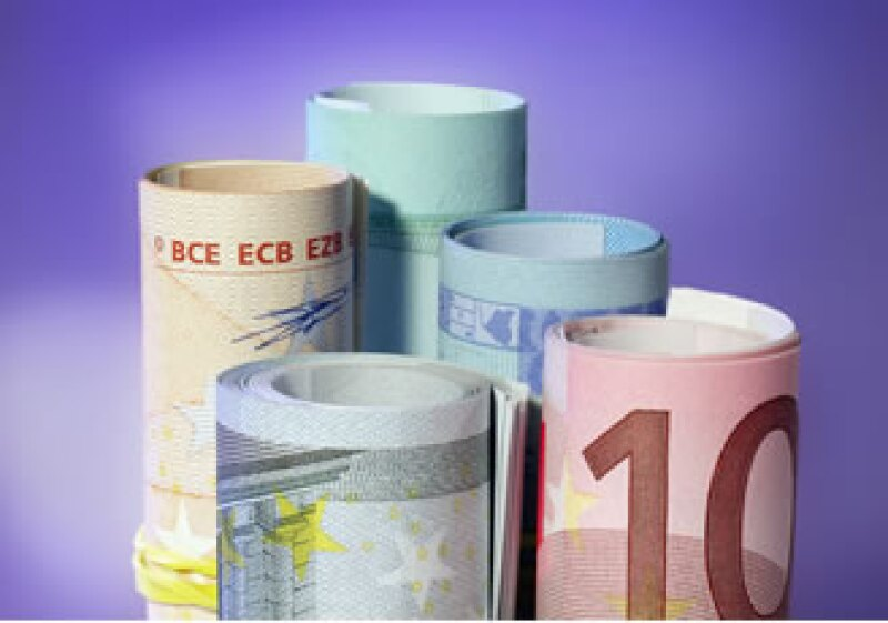 Los gobiernos europeos arrancaron las aprobaciones de préstamos que sacarán a Grecia de la crisis. (Foto: Jupiter Images)
