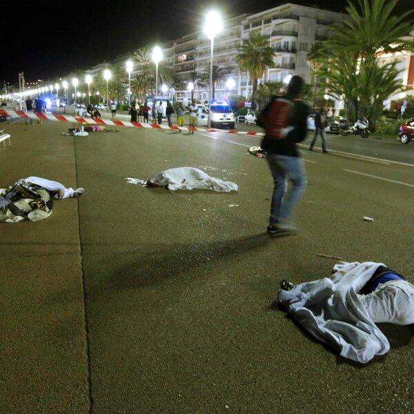 Fiscales antiterroristas se han unido a la investigación de este atentado ocurrido en Niza.