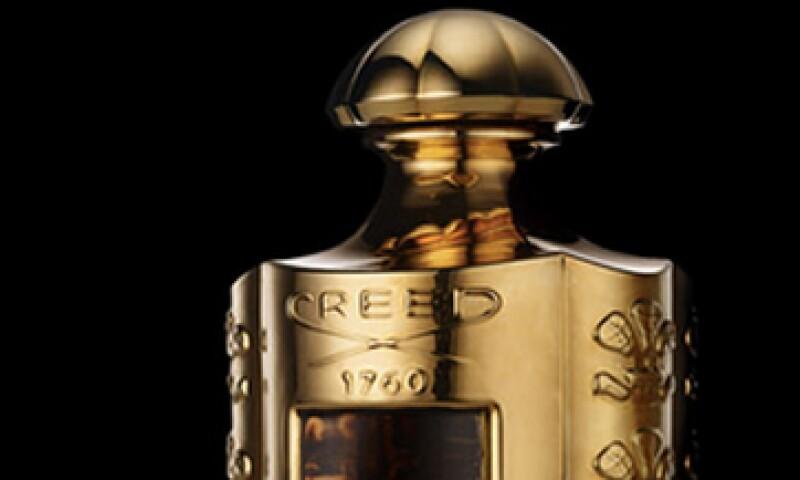 Neiman Marcus ofrece una fragancia personalizada en un frasco bañado en oro. (Foto: Tomada de neimanmarcus.com)