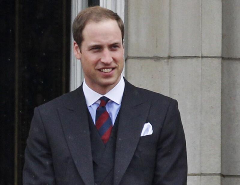 El heredero al trono británico celebra hoy 30 años de edad, y lo hace al lado de sus familiares y amigos.